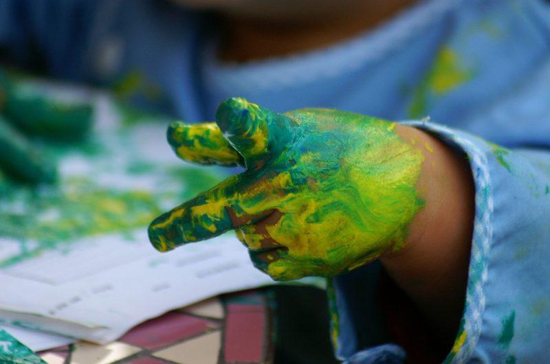 Pintura deditos verdes